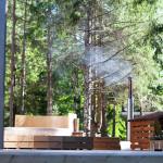 Meretuule_puhkemaja_holidayhouse_terrass_tunnisaun_saun_metsapuhkus