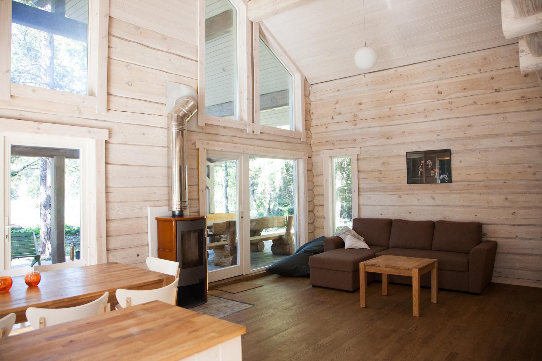 meretuule_puhkemaja_holidayhouse_estonia_harjumaa_saunamaja_elutuba_